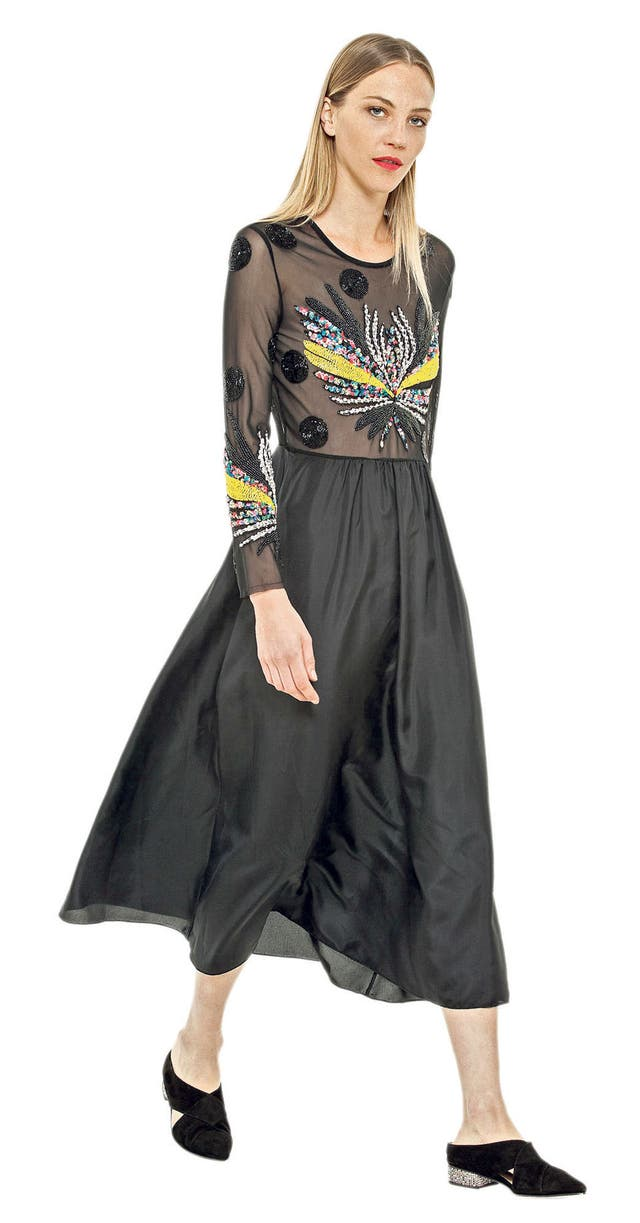 Vestido de gasa bordado