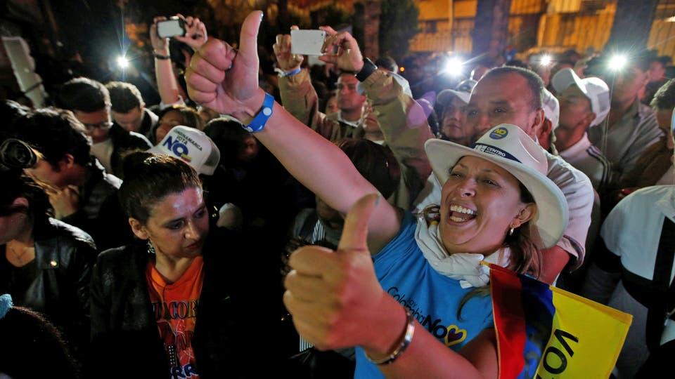 El gobierno había fijado el 13% de votación como mínimo para que se refrendase el resultado. Foto: Reuters / John Vizcaino