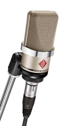 Un micrófono TLM 102, de Sennheiser