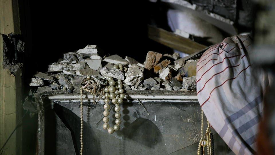 Las pertenencias entre los escombros. Foto: Reuters