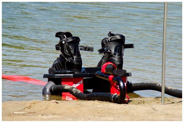 Para los amantes de los extemo, se trata de una tabla que permite elevarse hasta 12 metros por encima del agua. Foto: Gentileza SkyFlyboard