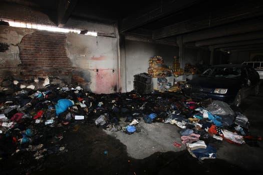 Graves incidentes en la sede de la Uocra en Florencio Varela. Foto: LA NACION / Ezequiel Muñoz