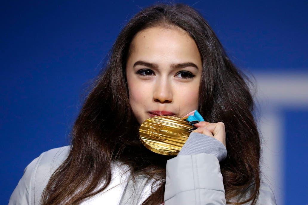 Zagitova consigue primera medalla de oro para Rusia