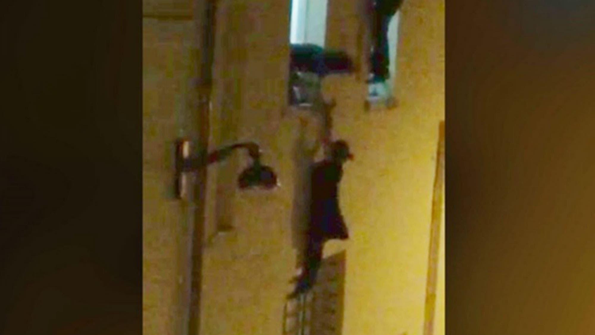 Ataques en París: el héroe que salvó a la mujer embarazada colgada de la ventana en Le Bataclan