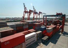 La terminal espera movilizar este año más contenedores que en 1999, un año particularmente malo