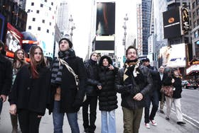 Manuela del Campo, Mariano Chiesa, Matías Mayer, Alejandra Perlusky y Alejandro Paker arriban a Times Square