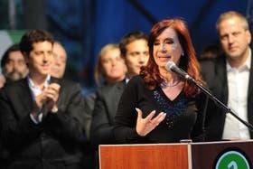 Cristina encabezó ayer un acto en Avellaneda; se la vio crispada, pero no volvió a hacer referencia al nuevo papa