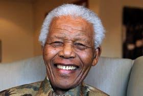 Mandela continuará recibiendo el tratamiento en su casa