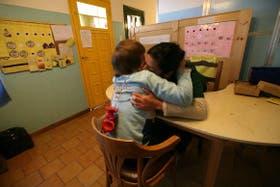 Sesión de terapia para chicos con autismo en la fundación Mensajes del Alma