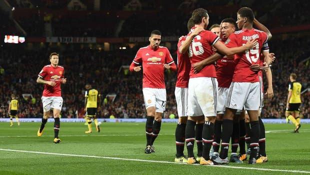 Manchester United pasó con autoridad