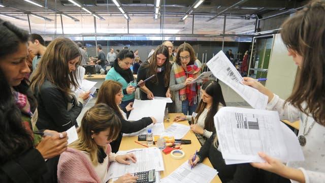 Terminó el escrutinio bonaerense, pero ahora revisarán 58 urnas
