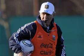 Sabella aún no dio indicios del equipo que jugará el martes, en La Paz