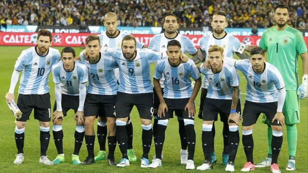La formación inicial de Argentina ante Brasil