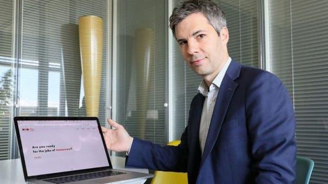 Marcel Salathe cree que la epidemiología digital puede servir para detectar brotes de enfermedades