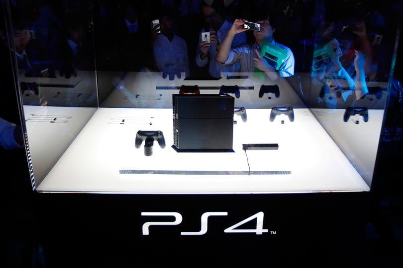 La PlayStation 4 de Sony también dio la nota en la feria de videojuegos más importante de la región. Foto: Reuters