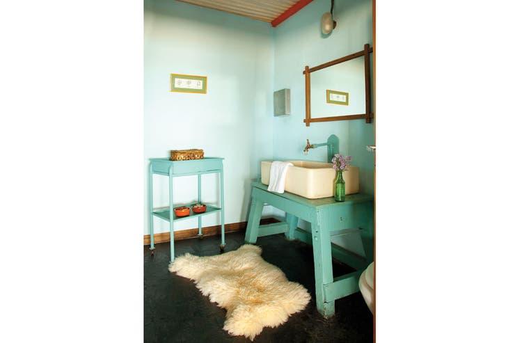 Ideas para decorar un ba o antiguo la nacion for Actualizar mueble bano