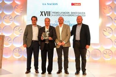 Luis Otero Monsegur, de Ganagrin, con la distinción de Mejor Cabañero
