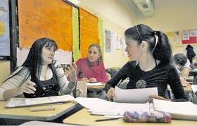 Laura Pavón y Marisa Alvarez decidieron saldar la deuda de tener el título de bachiller