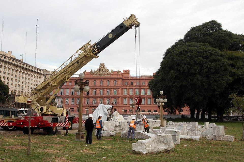 Será restituida la Estatua de Cristóbal Colón
