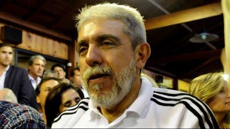 El ex jefe de Gabinete Aníbal Fernández con su nuevo look