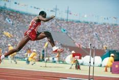 Hay muchos atletas que han podido triunfar en la élite del deporte siendo vegetarianos como el corredor estadounidense Edwin Moses