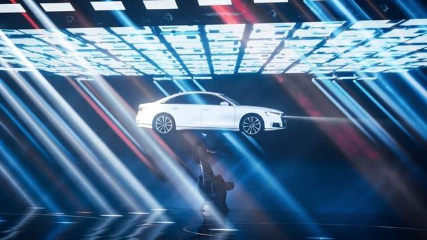 A8 Dancing, el modelo insignia de los cuatro anillos bailó al compás de música electrónica