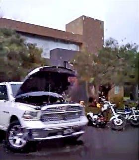Decomisaron camionetas y motos en el barrio privado San Isidro Labrador, en Tigre
