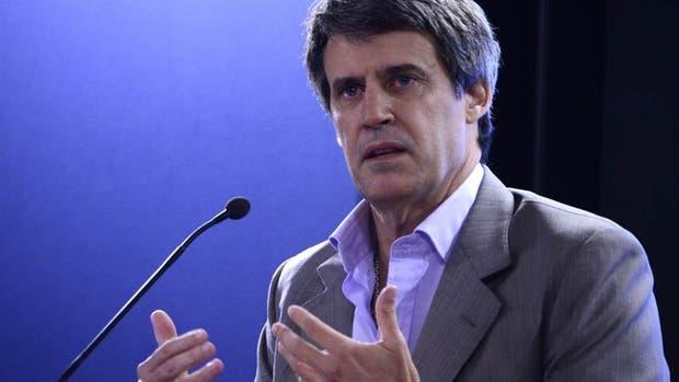 El ex ministro de Hacienda y Finanzas, Alfonso Prat Gay, apuntó contra las políticas del Banco Central