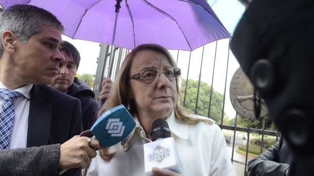 La gobernadora de Santa Cruz, Alicia Kirchner, hace unos días, en su salida de la Casa de Gobierno, donde se reunió con el ministro del Interior, Rogelio Frigerio