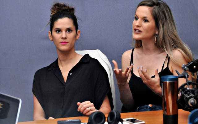 Sofía y Valentina están a punto de casarse y sueñan con la maternidad