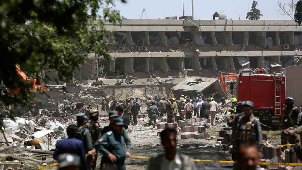 Los edificios quedaron en ruinas. Foto: AP