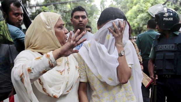 Conmoción en Bangladesh por la toma de rehenes en Dacca