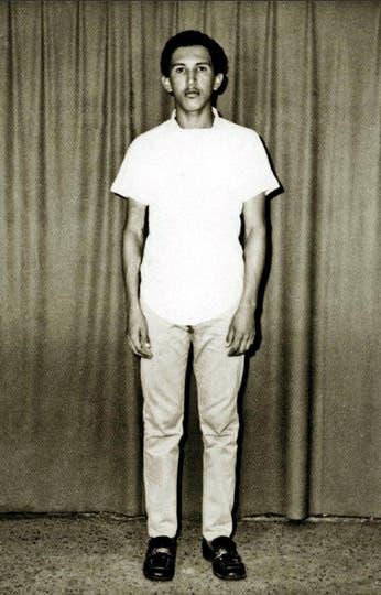 Antes de su ingreso en la Academia Militar en Caracas en marzo de 1971. Foto: AP