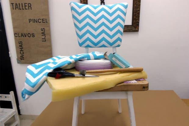 Recicl los asientos de tus sillas ver nica guti rrez de - Espuma para tapizar sillas ...