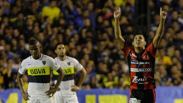 Arce le agradece al cielo su gol a Boca, en la Bombonera
