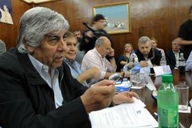 """Hugo Moyano llamó a """"repudiar a los legisladores que violan la Constitución y nuestros derechos fundamentales"""""""