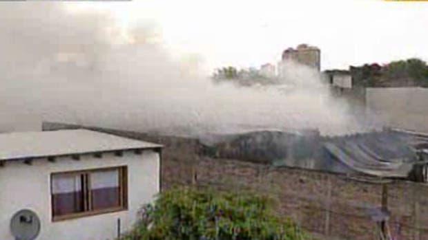 Incendio en un depósito de Florencio Varela