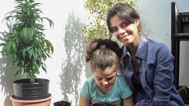 Guada junto a su mamá, Rosario