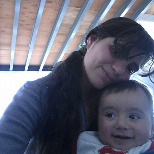 Giorgina Díaz y su hijo Thiago