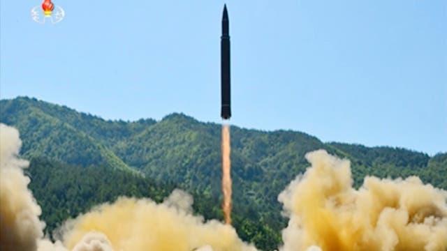 Los tuits de Trump tras enterarse que Corea del Norte lanzó un nuevo misil