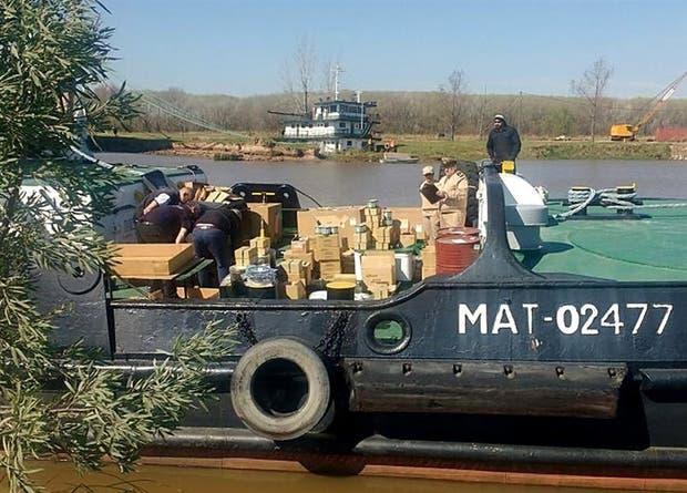 Decomisaron un contrabando de repuestos navales