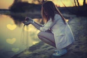 ¿Por qué idealizamos tanto? Sobre la belleza de lo real y otros tesoros