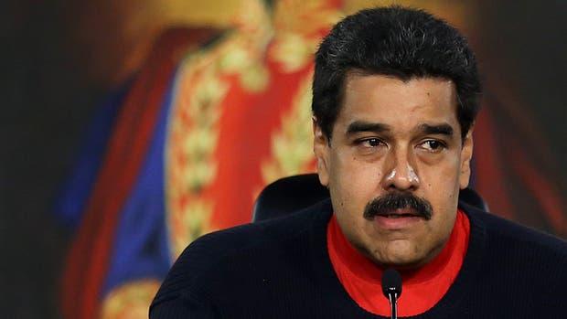 Maduro nombra jueces chavista y bloquea a la oposicion