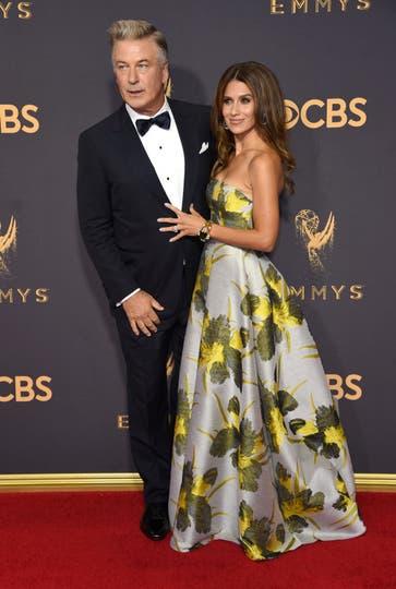 Alec Baldwin y su esposa. Foto: AP