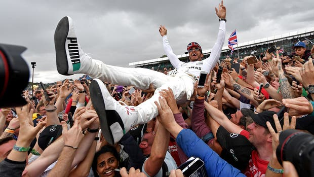 Hamilton, en las manos de sus fanáticos