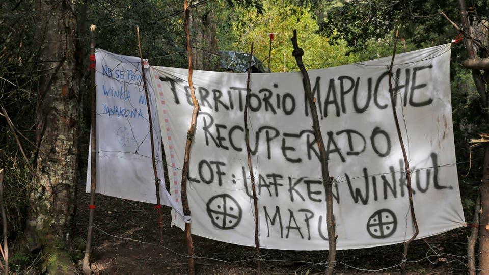 Bariloche: desalojan a los mapuches que tomaron un predio de Parques Nacionales