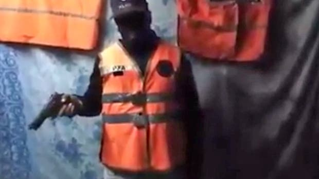 Primer video con Milatich reclamando a la policía por la