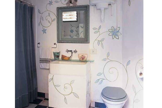 Ideas para decorar tu ba o con color living espacio living - Decorar tu bano ...
