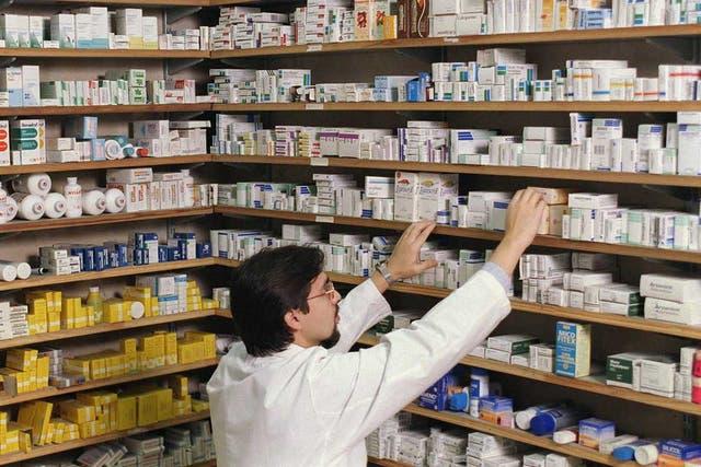 Hay fármacos con precios que se cotizan en dólares y alteran la economía doméstica