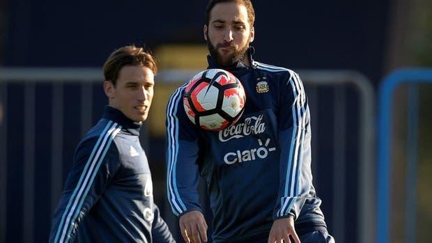 Lucas Biglia pidió una chance más para Higuaín